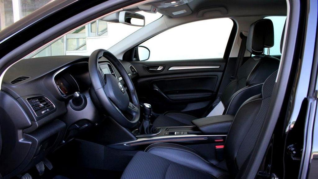 guma m rabljeno vozilo renault megane 1 5 dci 110 ks. Black Bedroom Furniture Sets. Home Design Ideas