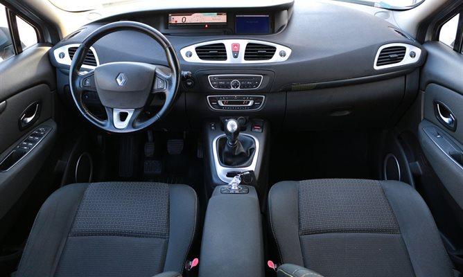 Renault Grand Scenic 1.9 dCi 130 KS 7s