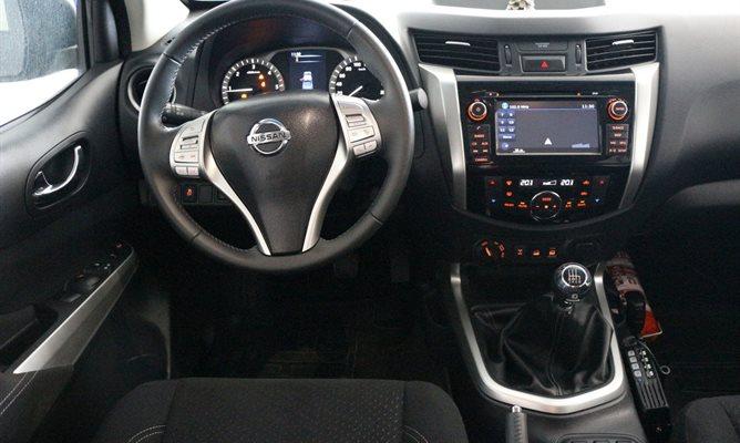 Nissan Navara 30675807